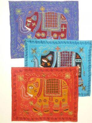 Wandbehang Baumwolle mit Elefantenmotiv - drei Farben