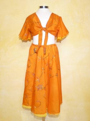 Kids Lengha Choli Lilly hell-orange 3-tlg. mit Paillettenstickerei - Grösse 128