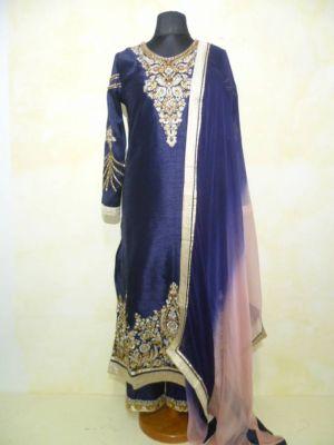 Aufwändig besticktes Salwar Kameez dunkelblau