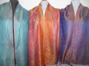 Elegante Seidenstola Jamawar - M II - 7 Farben