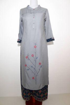 Salwar Kameez hellgrau mit dunkelblauer Hose