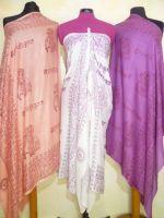 OM-Schals in 7 Farben